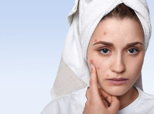 The four things you should mind while applying makeup to your face.